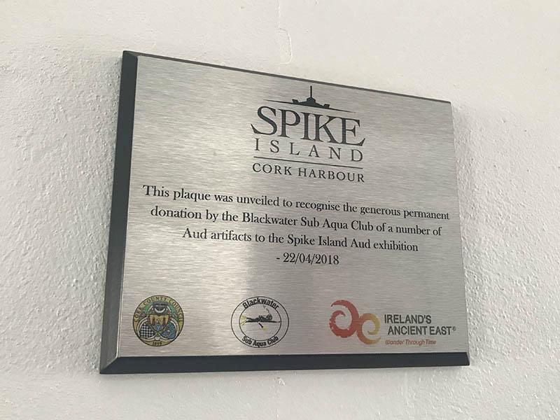 SPIKE EXTERIOR PLAQUE
