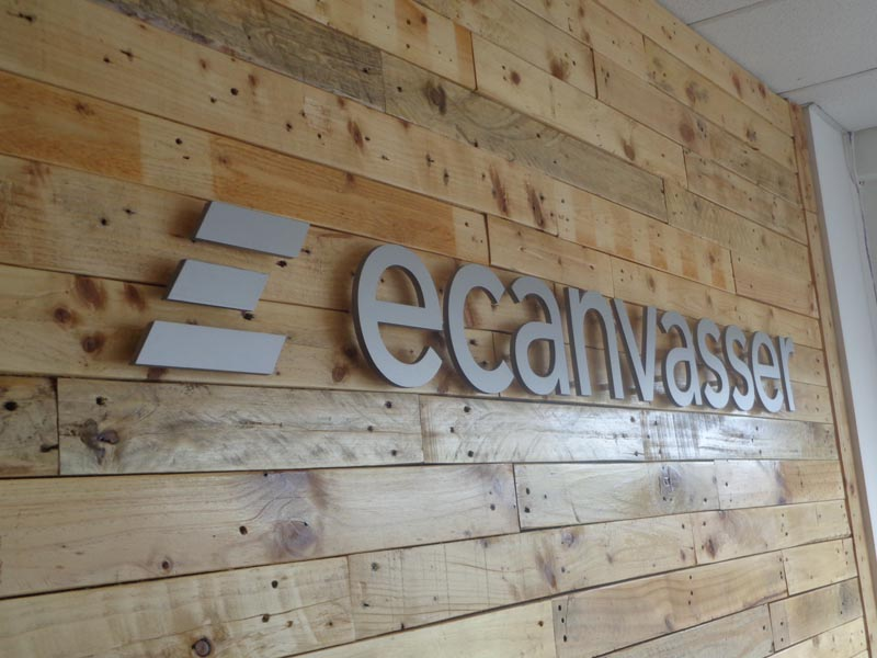Ecanvasser Raised Lettering